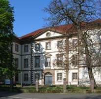 Accouchierhaus Front 3