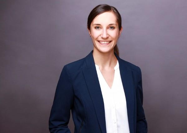 Porträtaufnahme von Miriam Hollerbach
