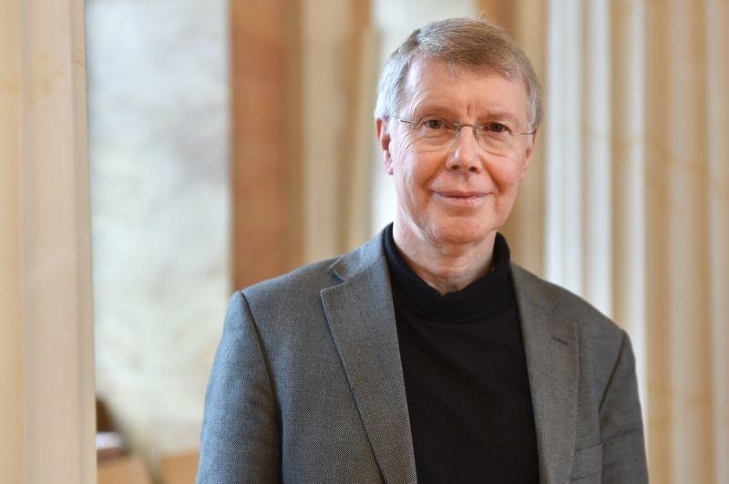 Herr Prof. Dr. Heinz-Günther Nesselrath