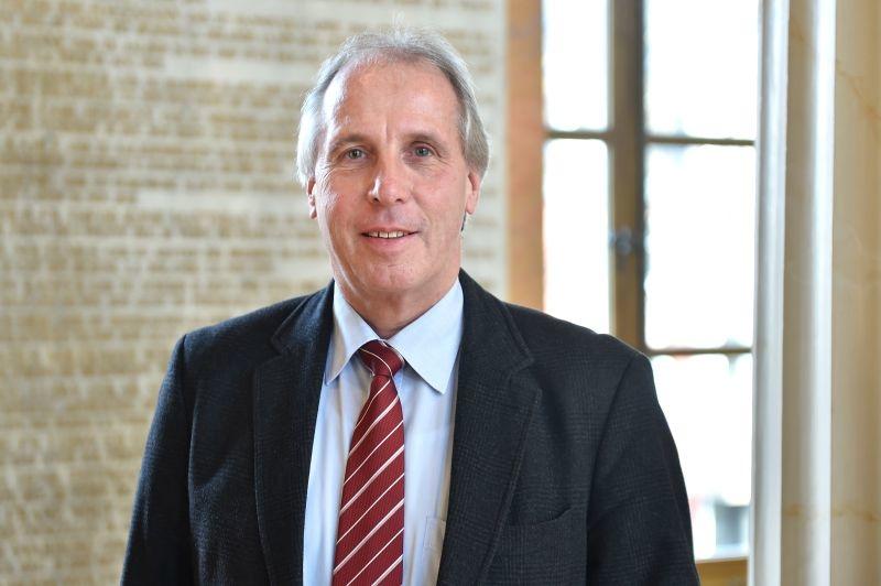 Prof. Dr. Friedemann Nauck