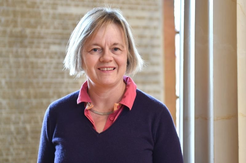 Prof. Dr. Eva Hummers-Pradier
