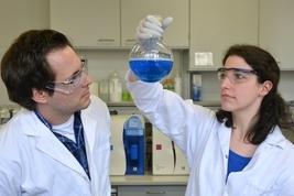 Studenten Chemie Kolben 267 px
